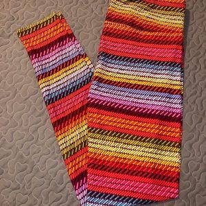 Lularoe TC rainbow knit stripe leggings